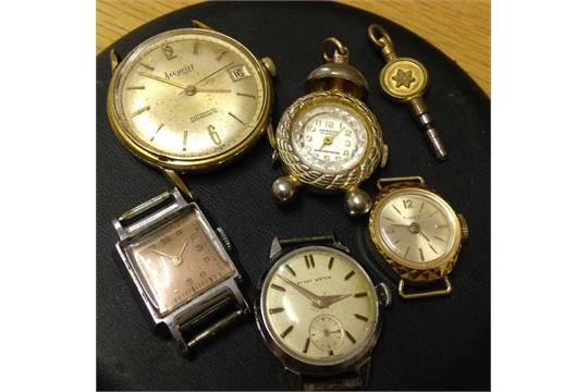 A collection of 5 old watches including MITOT & Accurist and