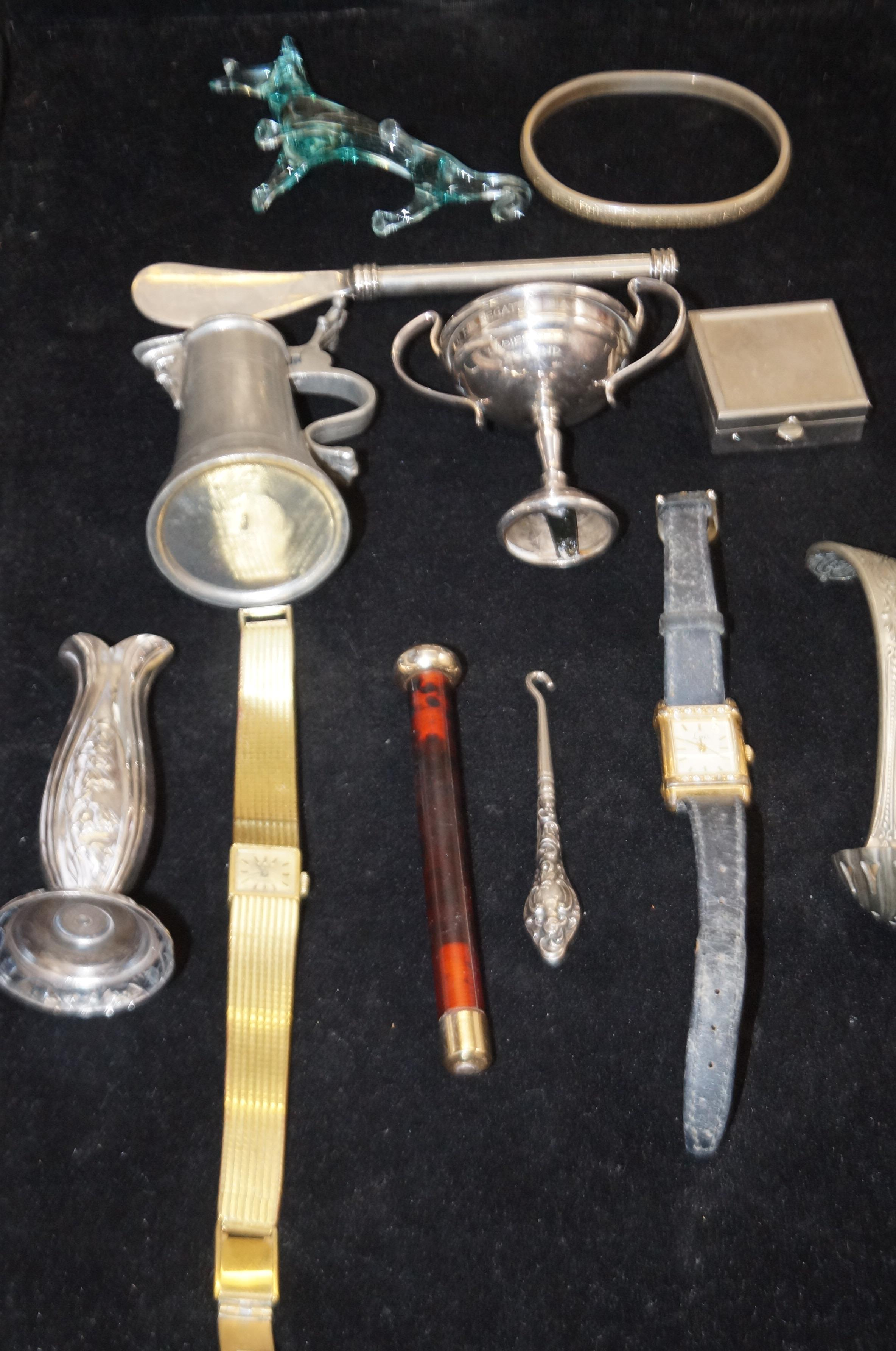 Lot 45 - Group of metal ware, watches ect to include a silv