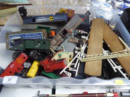 Lot 37 - A box of Triang rolling stock,