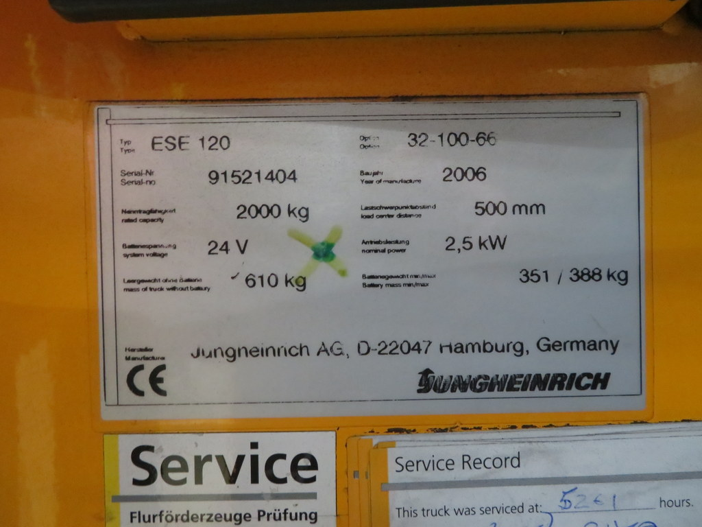 Lot 30 - 2006 JUNGHEINRICH MODEL ESE 120 2000KG RIDE-ON ELECTRIC PALLET TRUCK