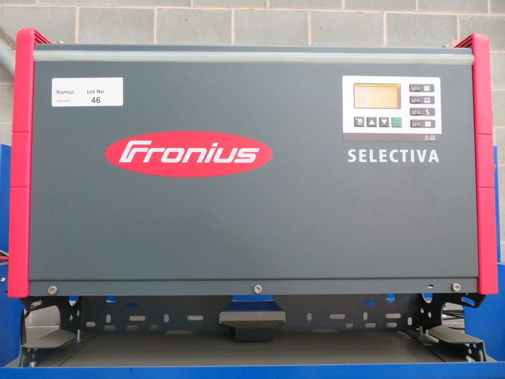 Lot 46 - FRONIUS SELECTIVA 4090 8KW - 48V BATTERY CHARGER; SERIAL NO 28166148
