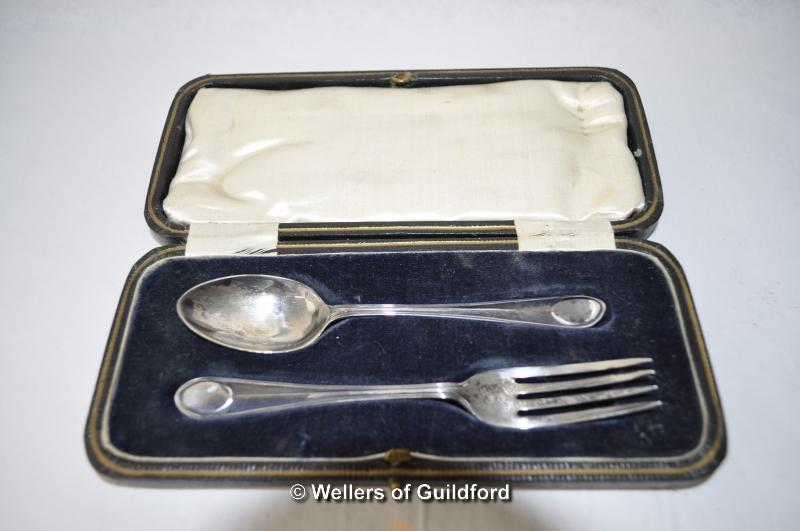 Lot 7325 - Silver fork and spoon, cased