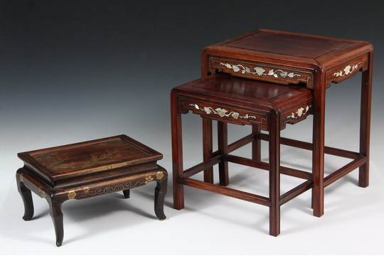 CHINESE MINIATURE STACKING TABLES U0026 SMALL JAPANESE STAND   Set Of Two Stacking  Tables In Rosewood