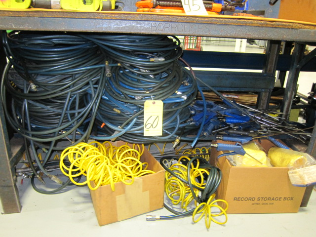 Lot 60 - LOT CONSISTING OF: air hose & nozzles (under one bench)