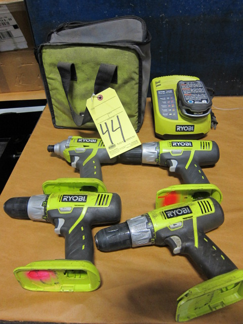 Lot 44 - LOT OF TOOLS, RYOBI, battery pwrd., assorted