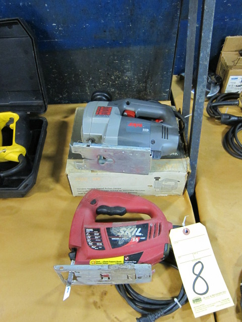 Lot 8 - LOT OF SKILSAWS (2), variable spd.