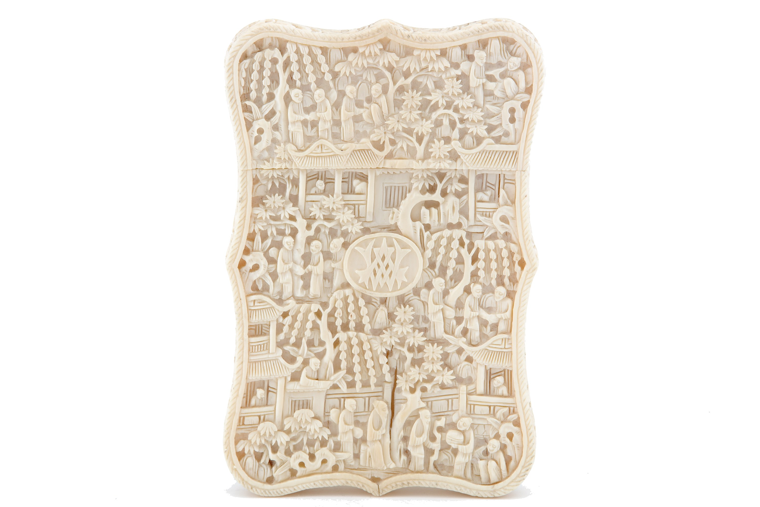 Lot 41A - A 19th century Chinese ivory card case, probably Canton circa 1880