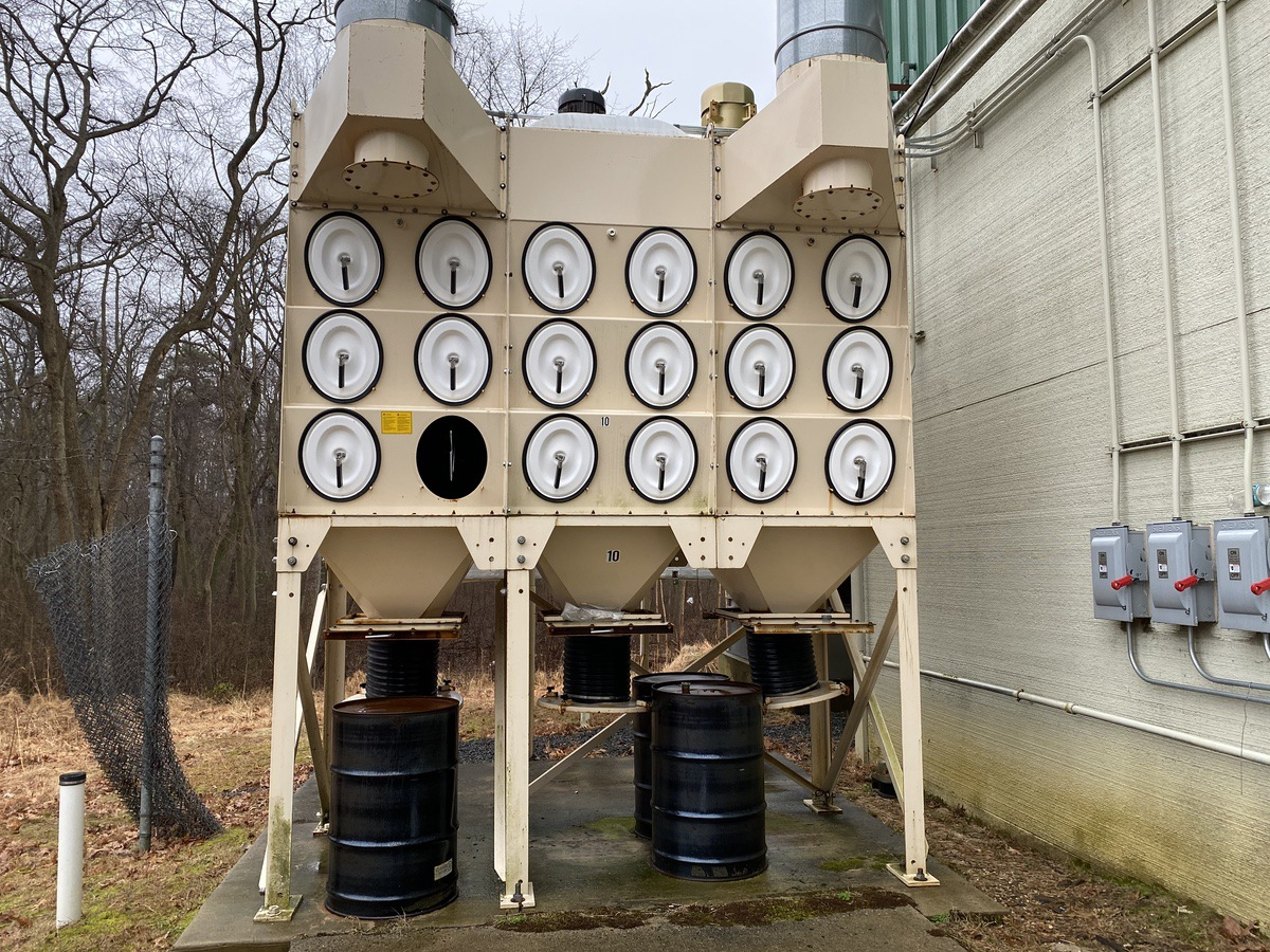 Lot 6 - Donaldson Torit DFO3-36 Dust Collector | Load Fee: $450