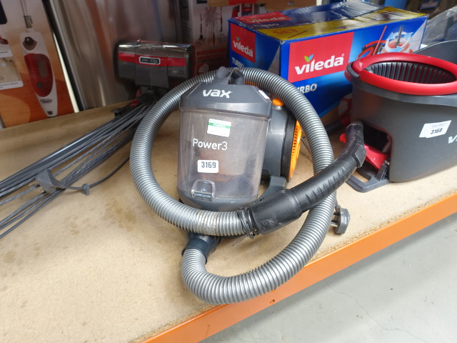 Tug along Vax vacuum cleaner without pole