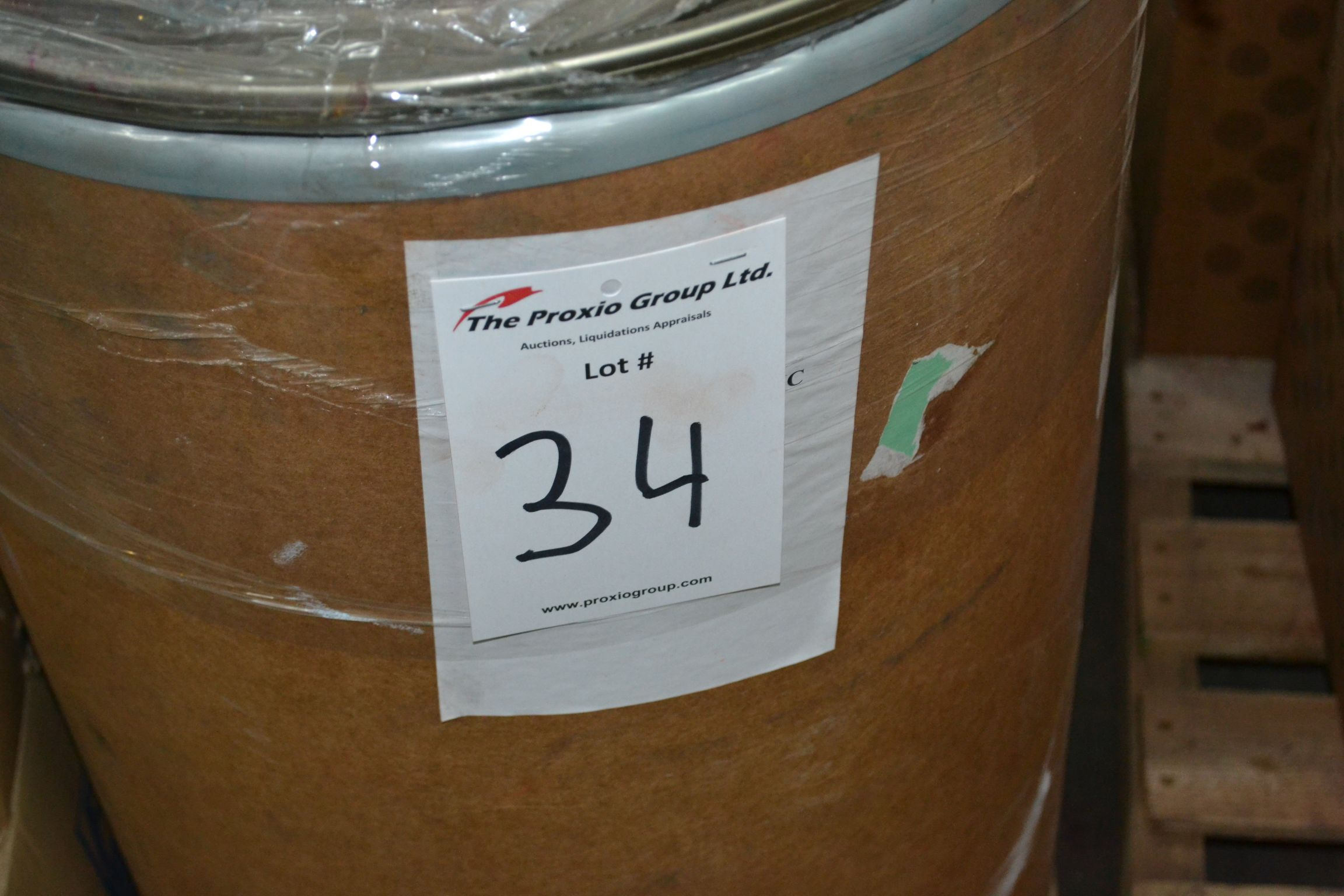 Lot 34 - Lot colored resin, Beige GA, Approx 82 KG