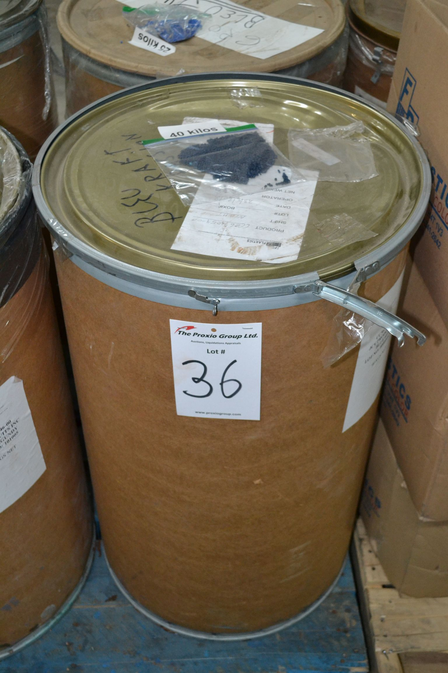 Lot 36 - Lot colored resin JCV Products Blue 6810, Approx 40 KG