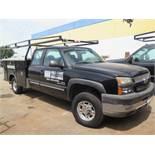 2004 Chevrolet 2500HD Duramax Diesel Extended Cab Utility Truck Lisc# 7J99412 w/ 6.6L Turbo Diesel