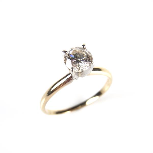 14 ct yellow gold diamond solitaire ring. - Image 1