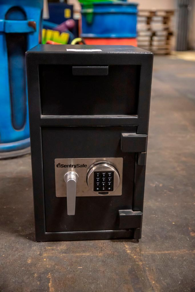 Lot 201 - Combination Safe. Used, shows commercial use. See pictures.