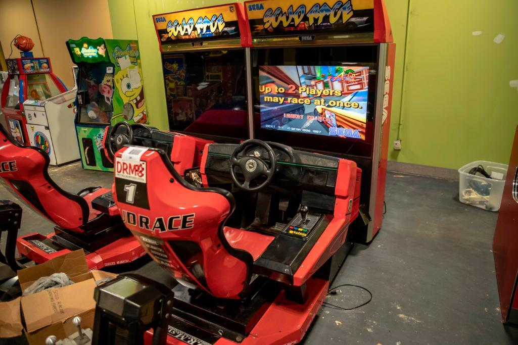 Lot 160 - 2 Player Deluxe Scud Race by Sega - Functional . Used, shows commercial use. See pictures.