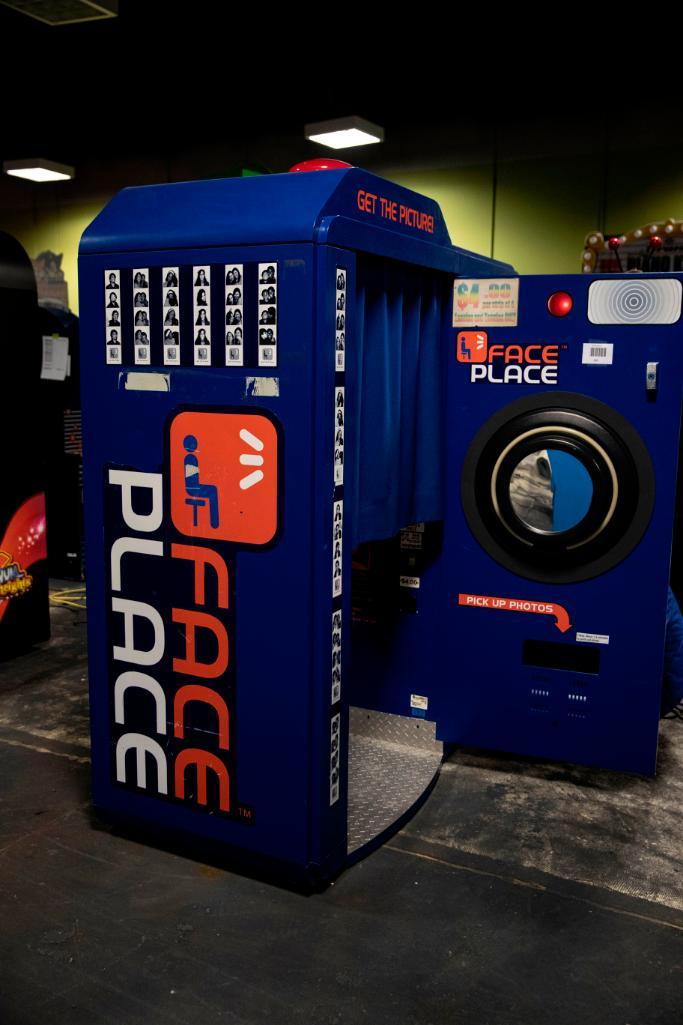Lot 120 - Face Place Photobooth - Functional. Used, shows commercial use. See pictures.