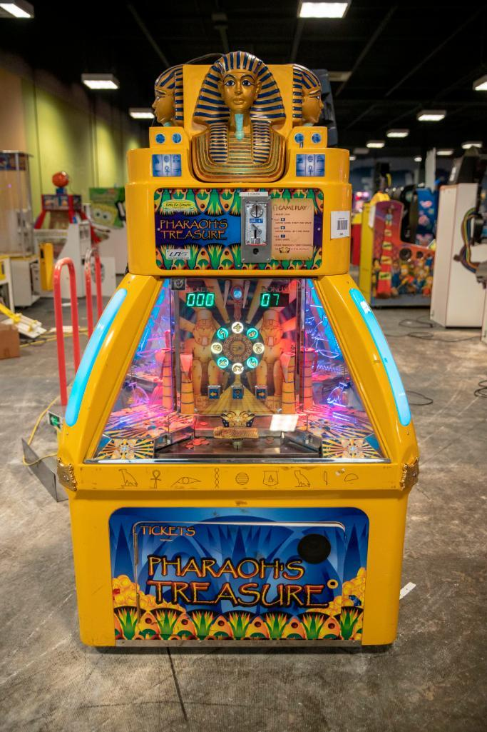 Lot 140 - Pharoahs Treasure 4 player by Family Fun Company - Functional. Used, shows commercial use. See pictu