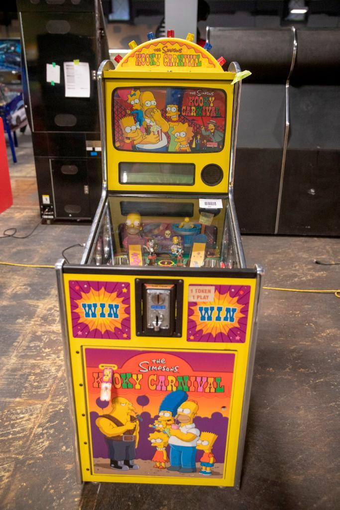 Lot 189 - The Simpsons Kooky Carnival by Stern - Not functional. Used, shows commercial use. See pictures.