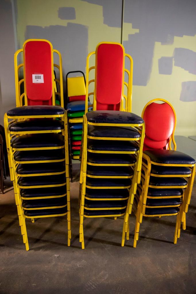 Lot 106 - 18 Square back plus 6 round back chairs. Used, shows commercial use. See pictures.