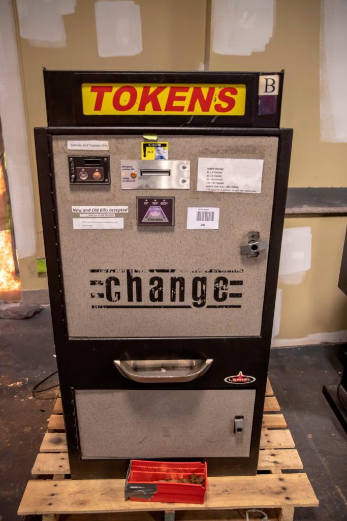 Lot 206 - Standard Token Changer. Functional. Used, shows commercial use. See pictures.