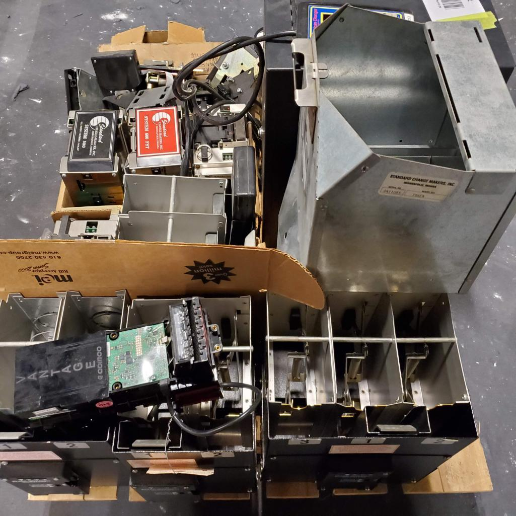 Lot 212 - Miscellaneous Changer Parts, Bill Counter