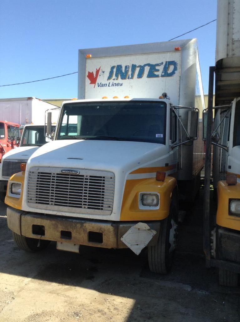 Lot 113 - Year: 2000 Make: Freightliner Model: FL80 Vehicle Type: Truck Mileage: 534123 Plate: Body Type:MOVI