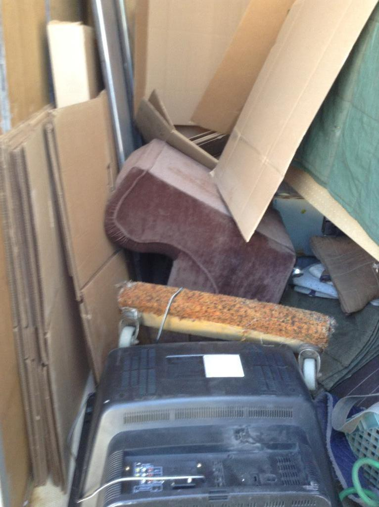 Lot 108 - Storage Container ( 8x9x10 approx) includes contents of assorted moving supplies & accessories