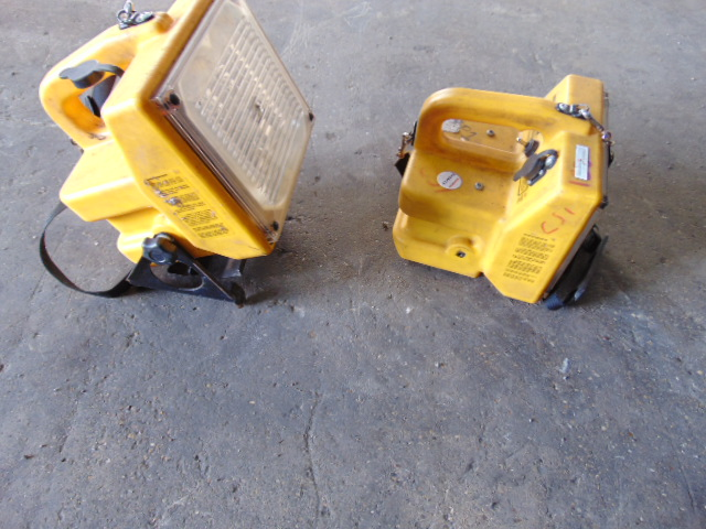 Lot 26822 - 2 x Dragon Max M2 Portable Floodlight