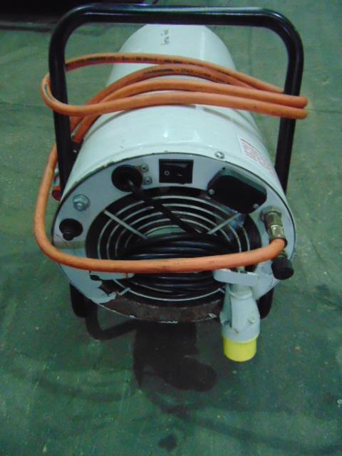 Lot 27320 - Andrews G33DV Propane Heater
