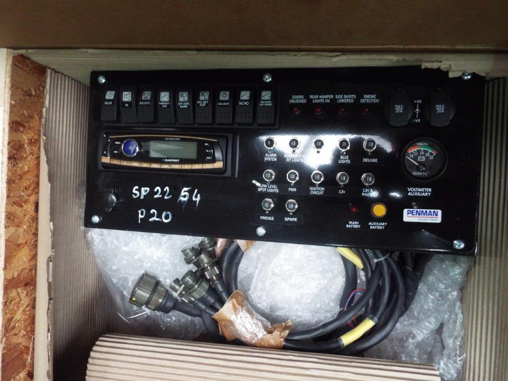 Lot 19169 - Mowag Duro Dashboard DCDU P/No MS-2592-1098 (F)