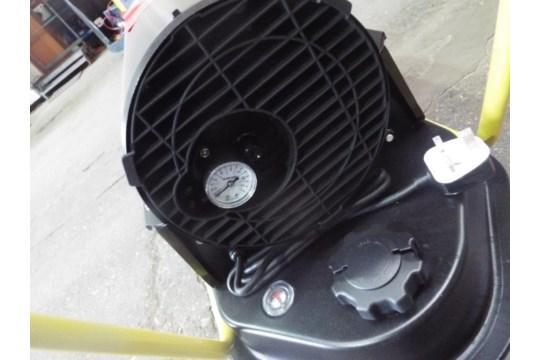 Lot 25876 - ** BRAND NEW ** XDFT-30 Diesel Space Heater