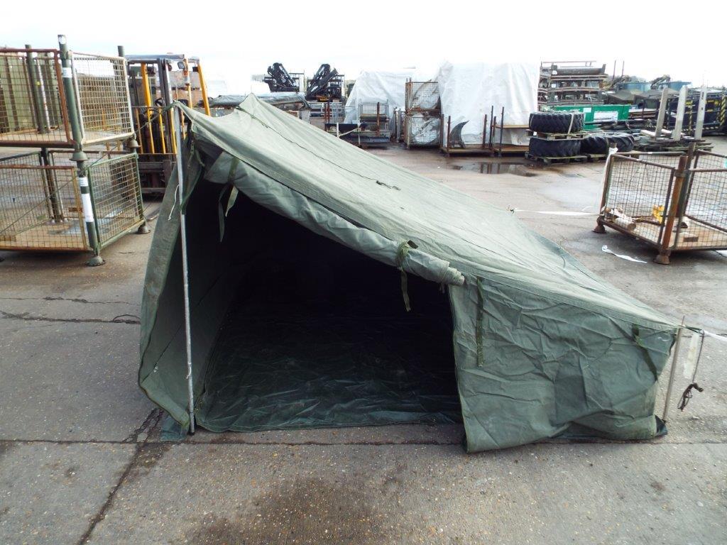 Lot 19163 - CVRT AFV Crew Side Tent