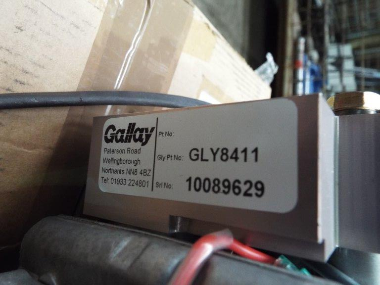 Lot 19173 - Mowag Duro / Gallay GLY8411 Air Conditioning Compressor Kit