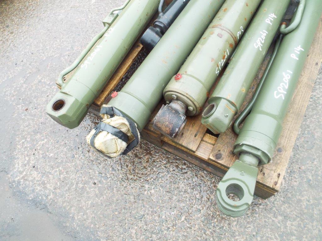 Lot 19185 - 6 x Heavy Duty Hydraulic Rams