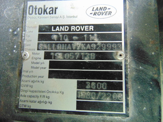Lot 25833 - Land Rover 110 300TDi Snatch-2A Automatic