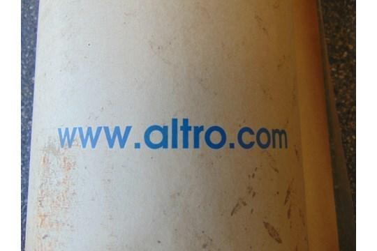 Lotto 26436 - 1 x Unissued 40 Sq m roll of Altro Contrax - Light Beige CX2001 Anti Slip Safety Vinyl Flooring