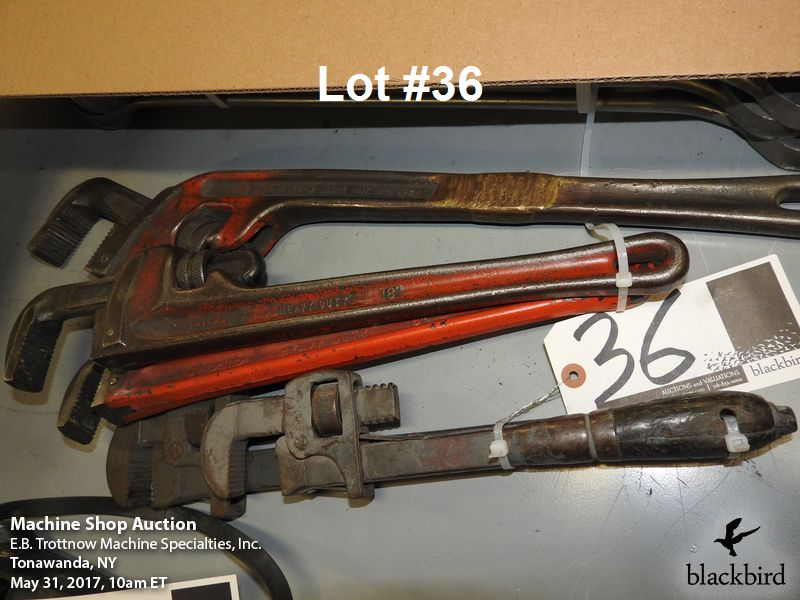 """Lot 36 - Lot- (2) pipe wrenches and (1) Ridgid 16"""" pipe wrench"""
