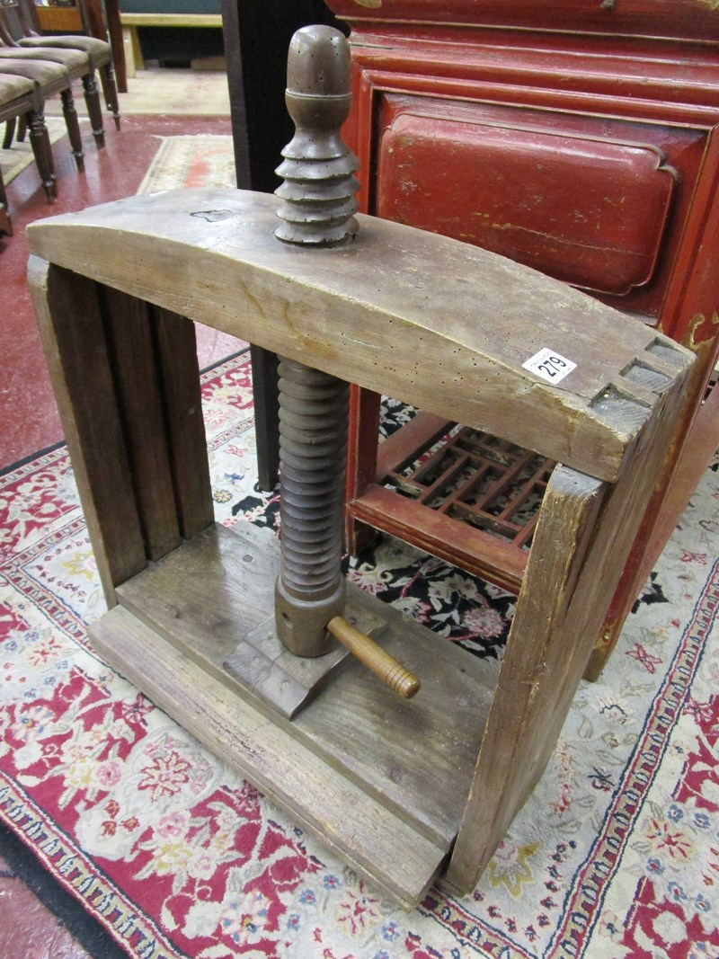 Lot 279 - Early book press