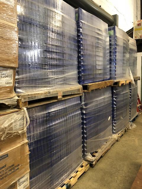 Trelleborg Rubore plastic storage totes. Containing 2 different sizes. (See pics) - Image 2 of 4