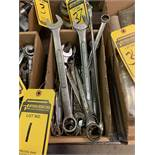 LOT OF ASSORTED SIZE WRENCHES