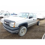 2006 Chevy 3500 Ext. Cab