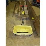 Ortho fertilizer push spreader