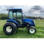 NEW HOLLAND TC40DA COMPACT TRACTOR WITH FULL GLASS CAB, 3 POINT LINKAGE *PLUS VAT*