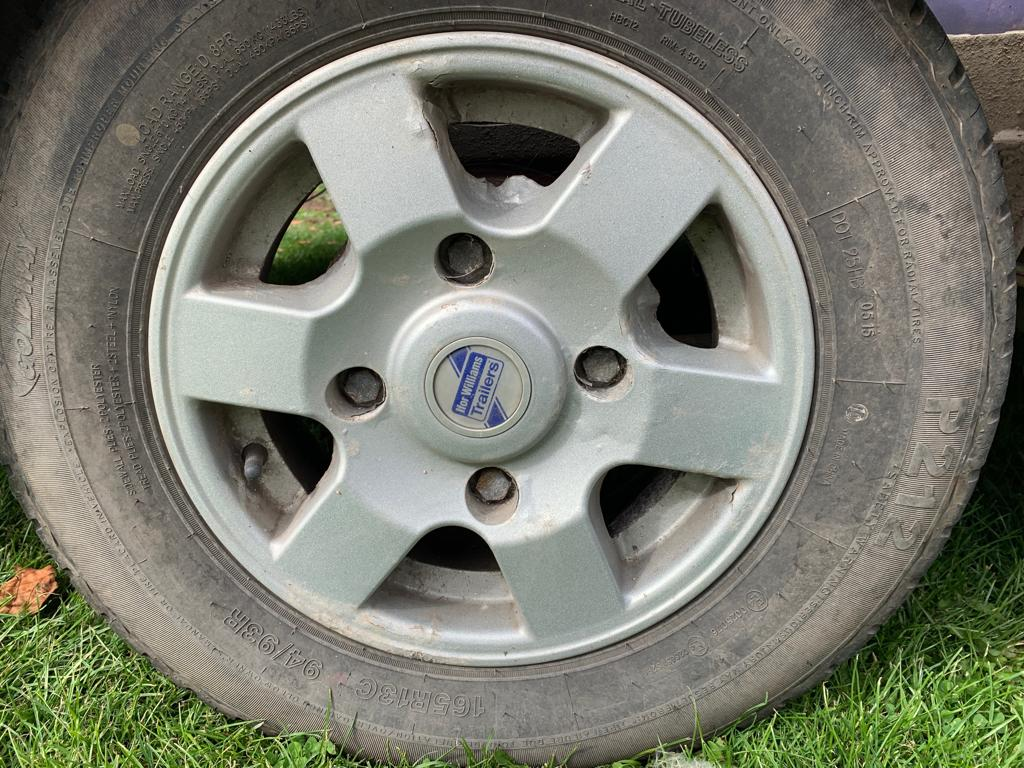 Lot 28 - 4 X IFOR WILLIAMS ALLOY WHEELS & TYRES - GOOD 6MM TREAD TYRES *PLUS VAT*