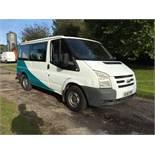 2010/10 REG FORD TRANSIT 85 T260S FWD 2.2 DIESEL WHITE CREW VAN 9 SEATER *PLUS VAT*
