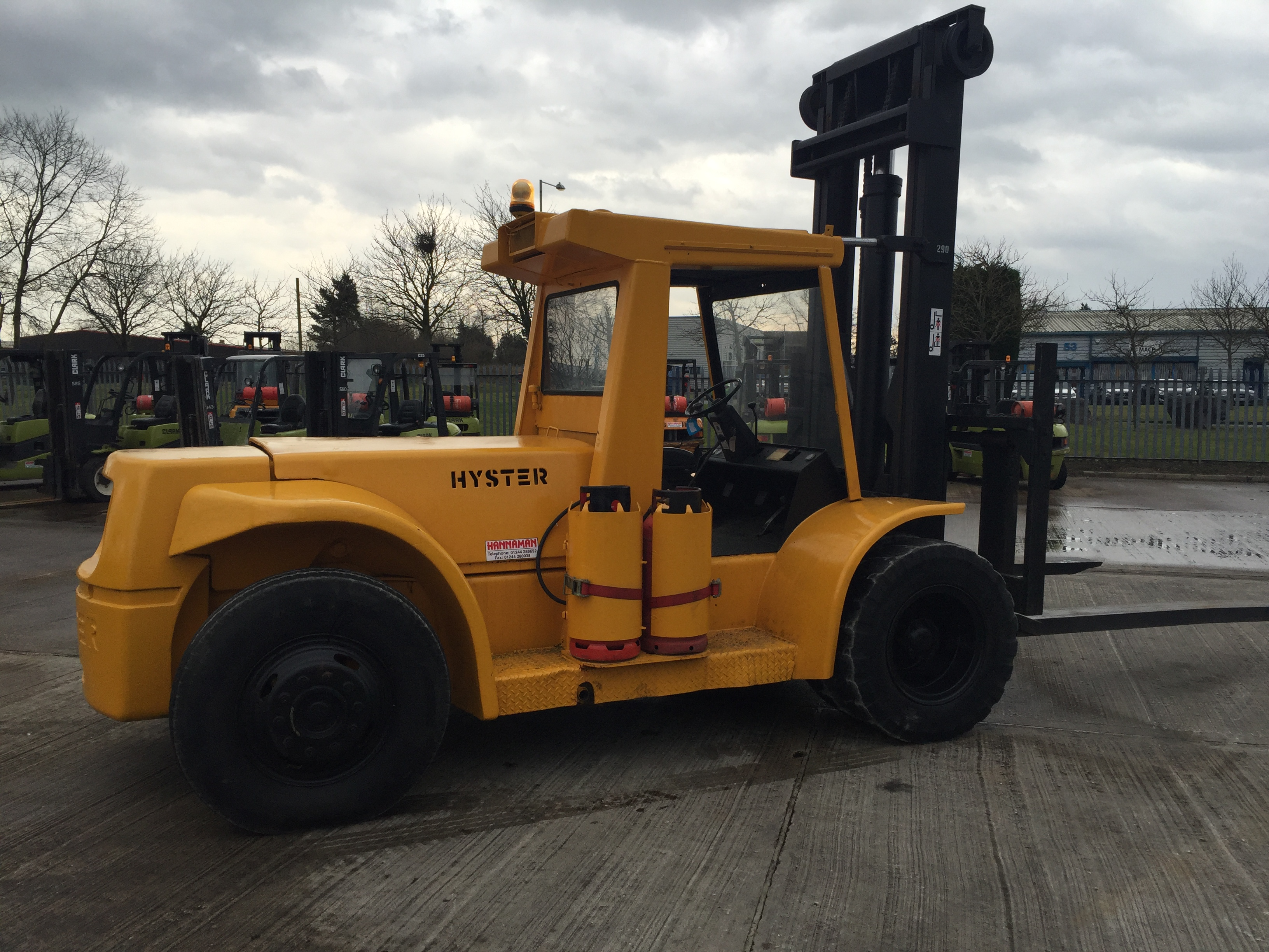 Lot 6 - HYSTER H250H COUNTERBALANCE GAS POWERED FORKLIFT *PLUS VAT*