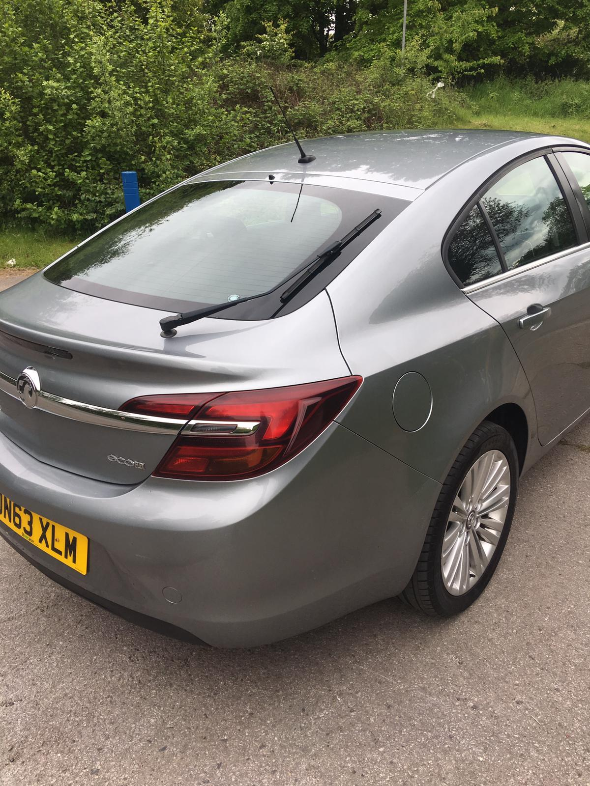 Lot 69 - 2013/63 REG VAUXHALL INSIGNIA DESIGN CDTI ECO 2.0 DIESEL SILVER, 5 DOOR HATCHBACK *NO VAT*