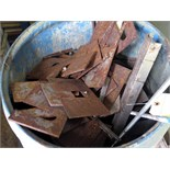 LOT OF METAL SCRAP (in one barrel)