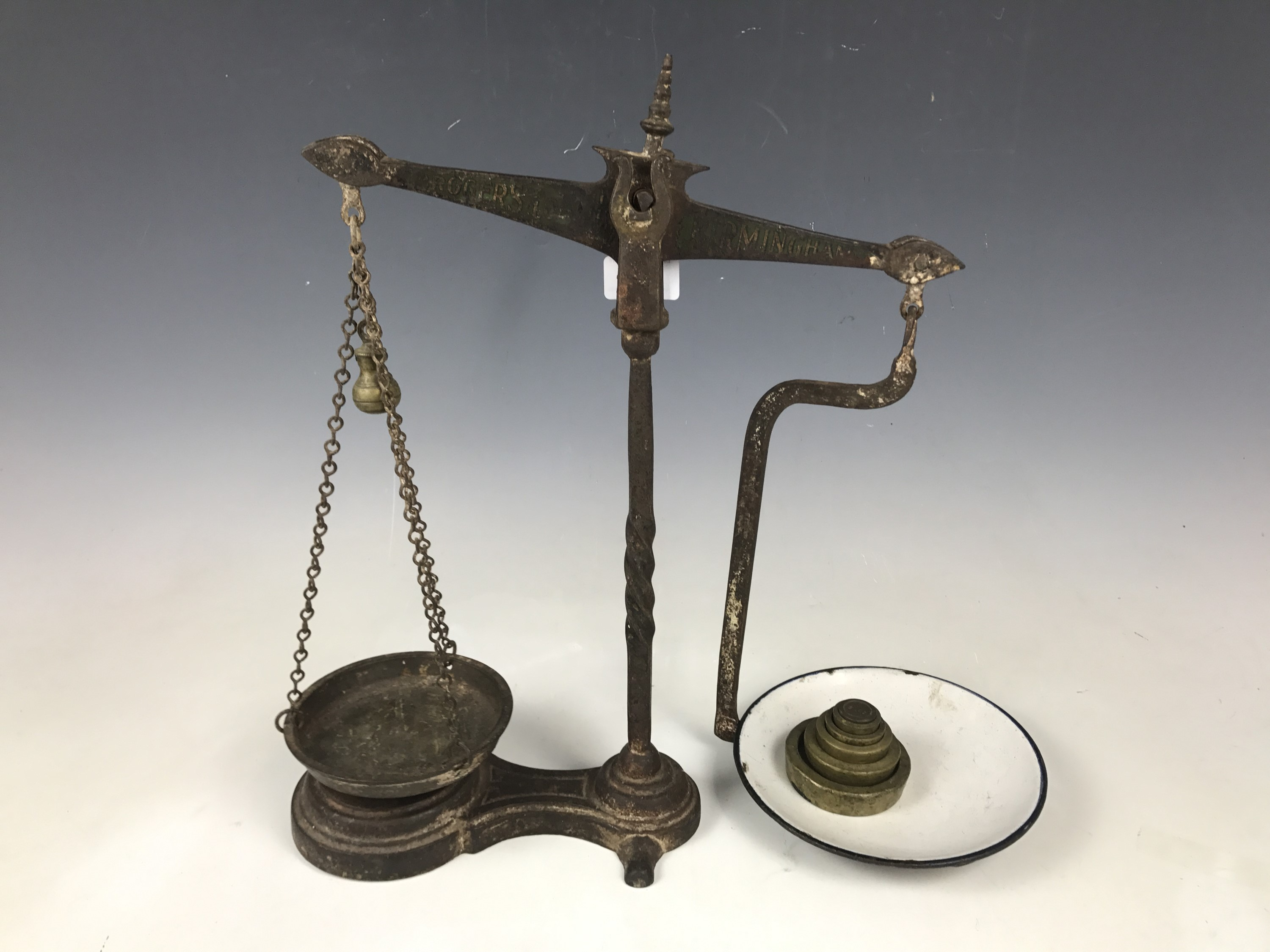 Lot 17 - A set of P. Roger & Loach of Birmingham counter top scales with weights