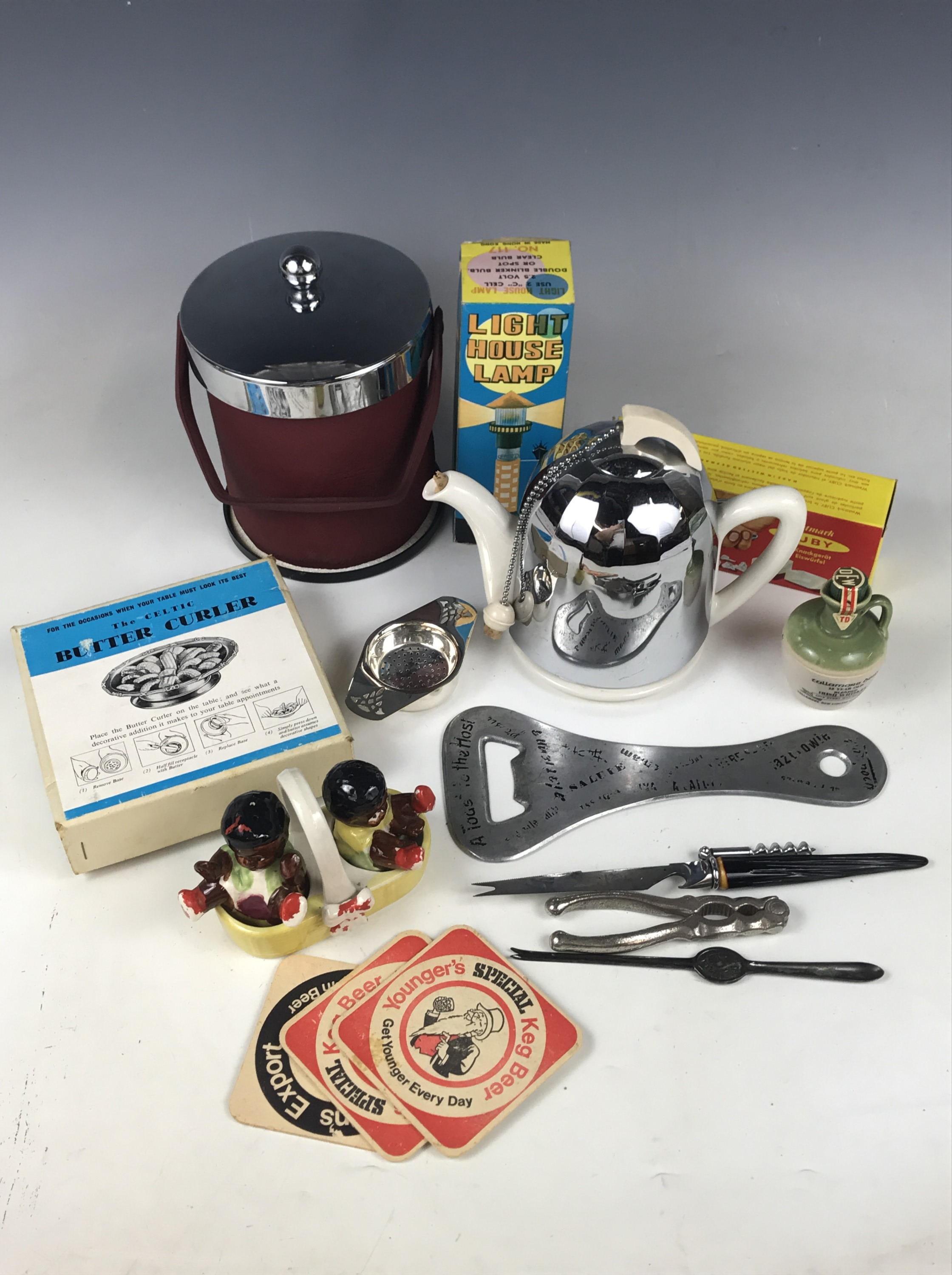 Lot 47 - Retro bar ware and kitchenalia etc including a Coldy Lux ice bucket and a boxed Westmark Cuby